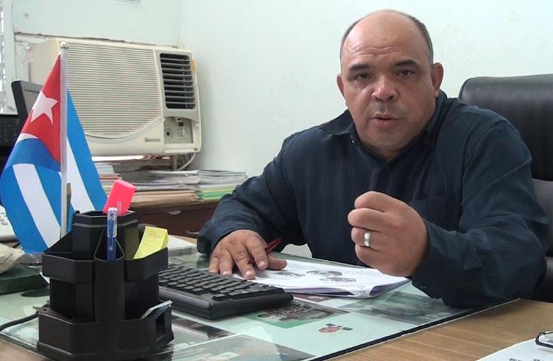 Dr. C. Pablo Galindo LLanes.
