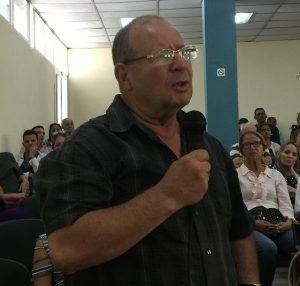 Los pofesores de la UC también brindaron sus impresiones sobre el proceso de consulta.